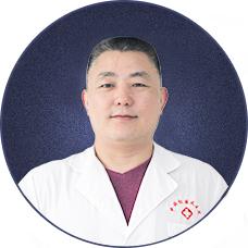长沙白癜风医生_曾维义